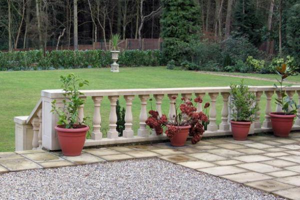 Balustrading to garden
