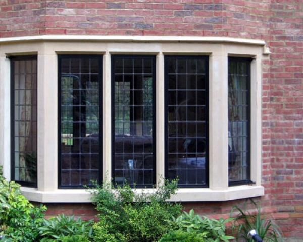 Mullion Window surround with label moulding