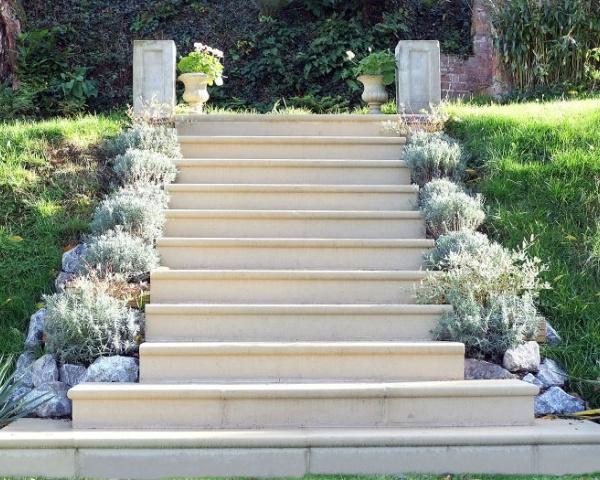 Steps thorverton stone - Refurbish stairs budget ...