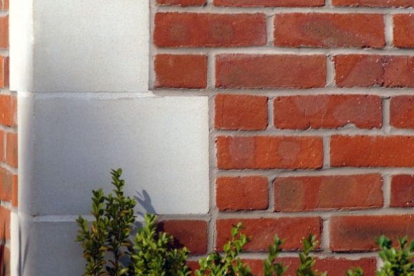 Cast stone quoin stones thorverton stone for Brick quoin detail